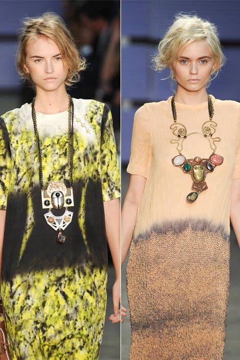 Clothing, Hairstyle, Yellow, Sleeve, Style, Jewellery, Fashion, Neck, Fashion model, Blond,