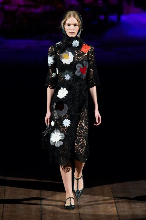 1994bb26e7a Dolce   Gabbana Fall 2014 Ready-to-Wear Runway - Dolce   Gabbana ...