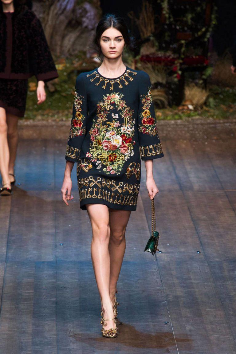 ec5ac76af10d Dolce   Gabbana Fall 2014 Ready-to-Wear Runway - Dolce   Gabbana  Ready-to-Wear Collection