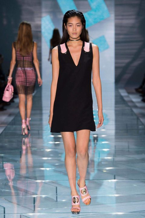 8fcdbab17 Versace Spring 2015 Ready-to-Wear - Versace Ready-to-Wear Collection