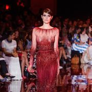 Shoulder, Fashion show, Dress, Style, Fashion model, Runway, Fashion, Model, One-piece garment, Gown,