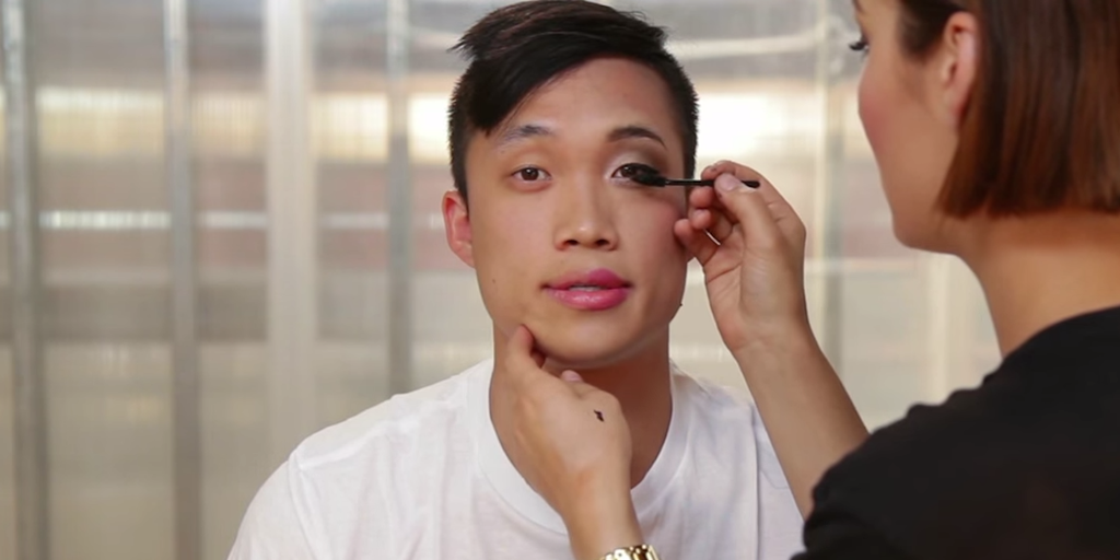 Watch These Men Try on Makeup and Realize What Women Go Through Every Morning
