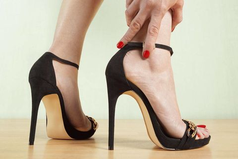 c43b43fe17f8 How to Heal Aching Feet from High Heels - Tips for Sore Feet