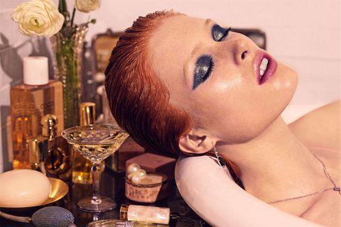 Lip, Serveware, Eyebrow, Eyelash, Dishware, Eye liner, Jewellery, Interior design, Drinkware, Body jewelry,