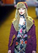 Anna Sui Fall 2003 Ready-to-Wear Detail 0003