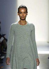 Balenciaga Fall 2003 Ready-to-Wear Detail 0002
