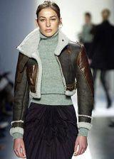 Balenciaga Fall 2003 Ready-to-Wear Detail 0003