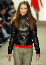 DKNY Fall 2003 Ready-to-Wear Detail 0002