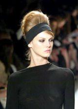 Donna Karan Fall 2003 Ready-to-Wear Detail 0002