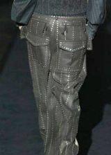 Gianfranco Ferre Fall 2003 Ready-to-Wear Detail 0002