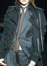 Gianfranco Ferre Fall 2003 Ready-to-Wear Detail 0003