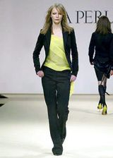 La Perla Fall 2003 Ready-to-Wear Collections 0002