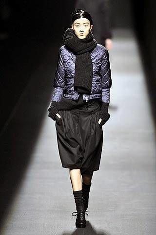 Dries van Noten Fall 2007 Ready-to-wear Collections - 003