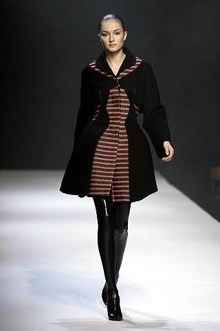 Hussein Chalayan Fall 2007 Ready-to-wear Collections - 003