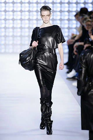 Loewe Fall 2007 Ready-to-wear Collections - 002