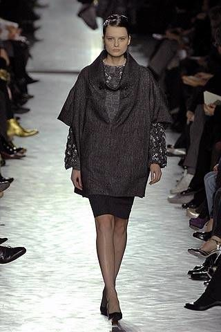 Yves Saint Laurent Fall 2007 Ready-to-wear Collections - 003