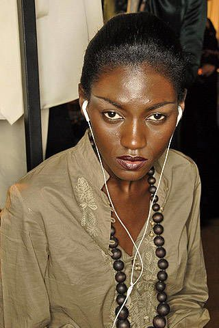 Roberto Cavalli Fall 2007 Ready-to-wear Backstage - 003