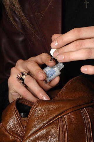 Akris Fall 2007 Ready-to-wear Backstage - 002