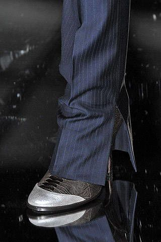 Gianfranco Ferre Fall 2007 Ready-to-wear Detail - 003