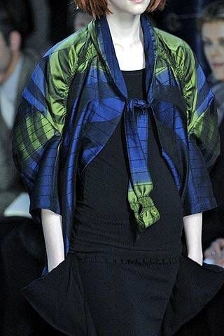 Issey Miyake Fall 2007 Ready-to-wear Detail - 002