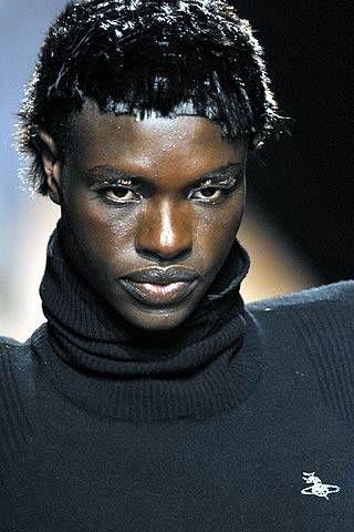 Vivienne Westwood Fall 2007 Ready&#45&#x3B;to&#45&#x3B;wear Detail &#45&#x3B; 002