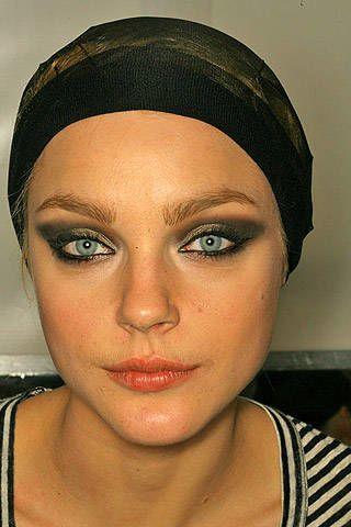 Celine Fall 2007 Ready-to-wear Backstage - 003