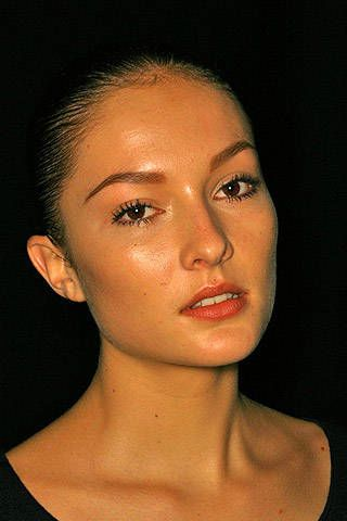 Hussein Chalayan Fall 2007 Ready-to-wear Backstage - 002
