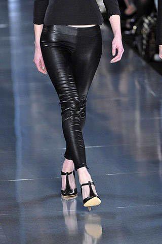 Jasmin Di Millo Fall 2007 Ready&#45&#x3B;to&#45&#x3B;wear Detail &#45&#x3B; 002