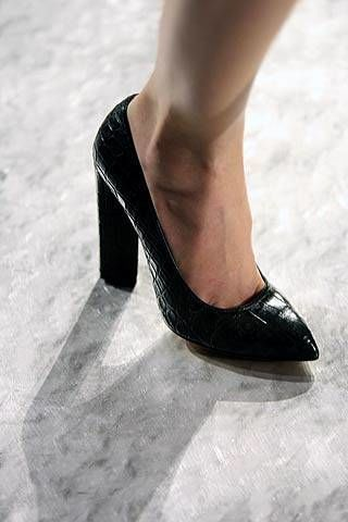 Yves Saint Laurent Fall 2007 Ready-to-wear Detail - 002