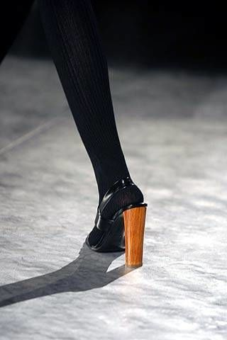 Yves Saint Laurent Fall 2007 Ready-to-wear Detail - 003