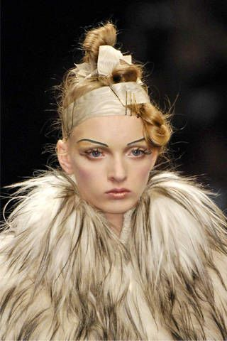 Christophe Josse Fall 2007 Haute Couture Detail &#45&#x3B; 004