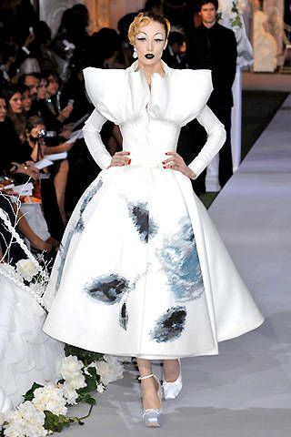 Christian Dior Fall 2007 Haute Couture Collections - 002