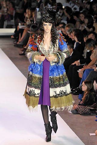 Christian Lacroix Fall 2007 Haute Couture Collections &#45&#x3B; 002
