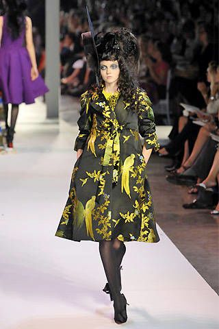 Christian Lacroix Fall 2007 Haute Couture Collections &#45&#x3B; 003