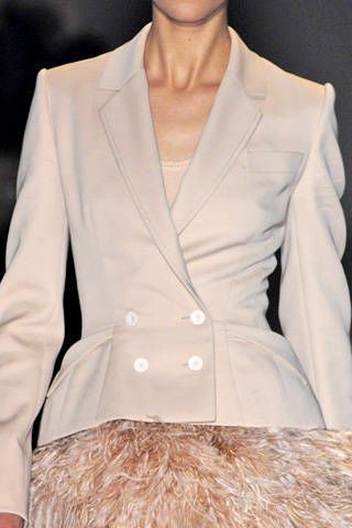 Givenchy Fall 2007 Haute Couture Detail - 004