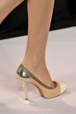 BCBG Spring 2008 Ready-to-wear Detail - 002
