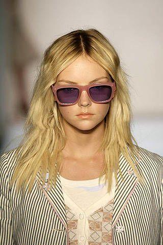 Karen Walker Spring 2008 Ready&#45&#x3B;to&#45&#x3B;wear Detail &#45&#x3B; 002