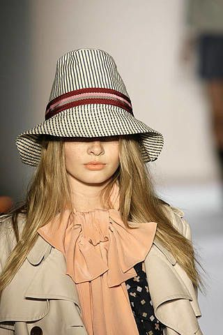 Karen Walker Spring 2008 Ready&#45&#x3B;to&#45&#x3B;wear Detail &#45&#x3B; 003