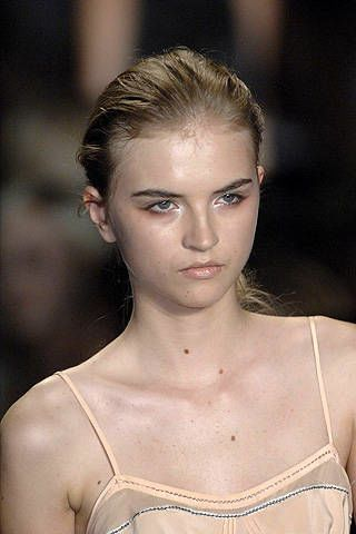Max Azria Spring 2008 Ready-to-wear Detail - 003