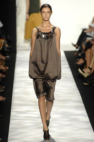 Vera Wang Spring 2008 Ready-to-wear Collections - 002