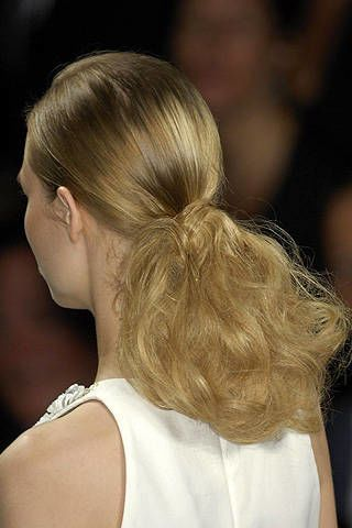 Carolina Herrera Spring 2008 Ready-to-wear Detail - 003
