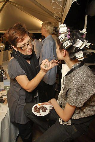 Marc Jacobs Spring 2008 Ready-to-wear Backstage - 003