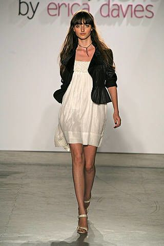 Development by Erica Davies Spring 2008 Ready-to-wear Collections - 002