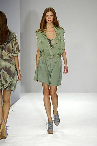 Clare Tough Spring 2008 Ready-to-wear Collections - 003
