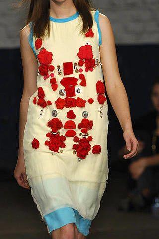 Louise Gray Spring 2008 Ready&#45&#x3B;to&#45&#x3B;wear Detail &#45&#x3B; 003