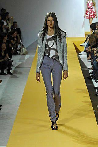Denim, Fashion show, Style, Fashion model, Runway, Fashion, Model, Street fashion, Long hair, Fashion design,
