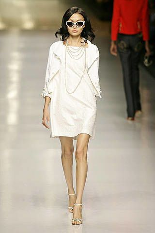 Valentin Yudashkin Spring 2008 Ready-to-wear Collections - 002