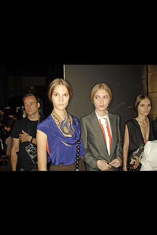Amuleti J Spring 2008 Ready-to-wear Backstage - 003