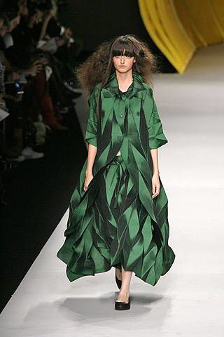 Issey Miyake Spring 2008 Ready-to-wear Collections - 003