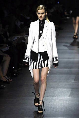 Ann Demeulemeester Spring 2008 Ready&#45&#x3B;to&#45&#x3B;wear Collections &#45&#x3B; 002